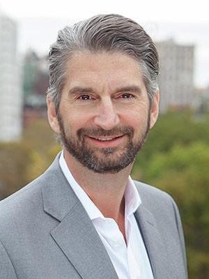 Photo of Tony Davis
